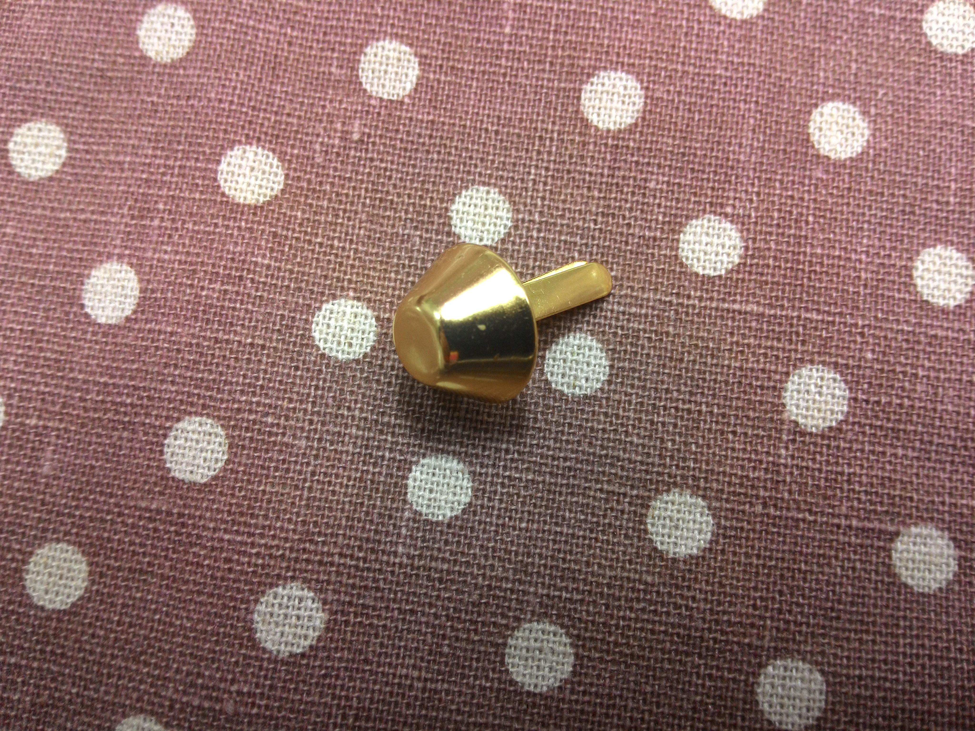 หมุดกรวย15mm ทองแพค4ตัว