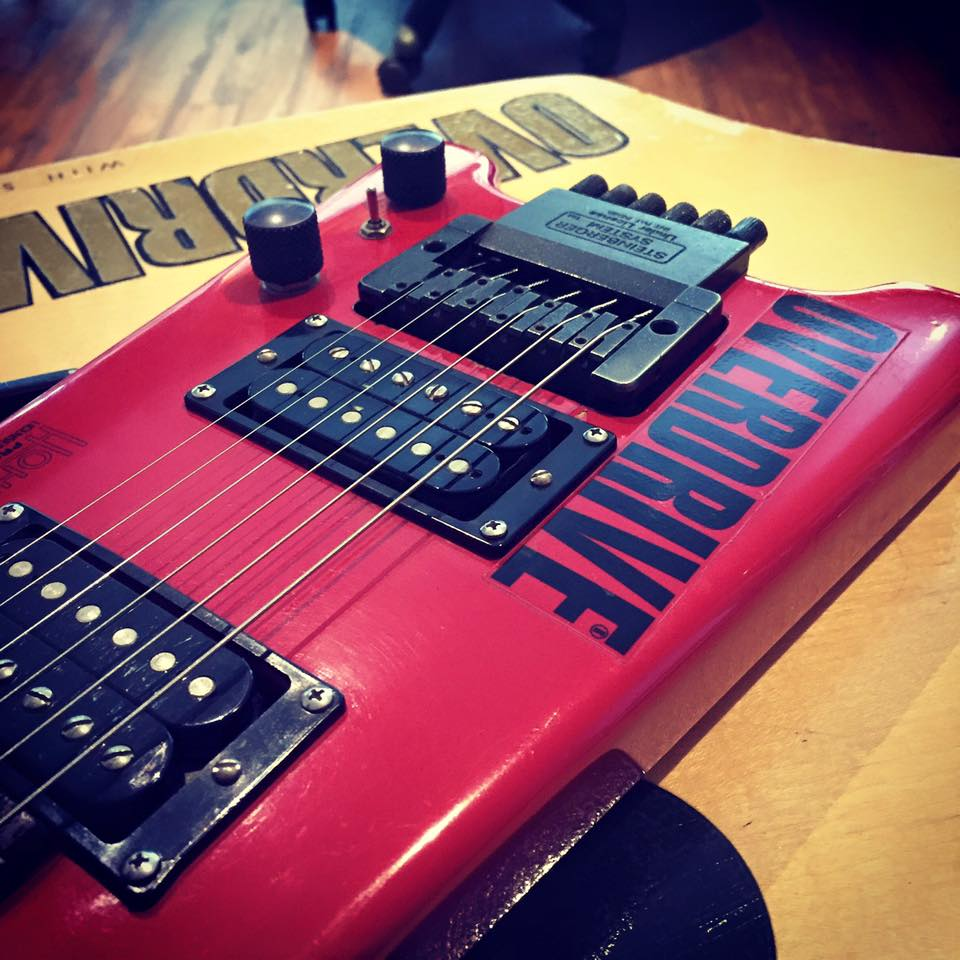 Vintage Hohner Profesionnal G2t Headless Guitar Owned by Prart Aroonrungsi