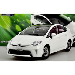 Pre Order โมเดลรถ Toyota Prius ขาว สเกล 1:18 งานคุณภาพ มีโปรโมชั่น