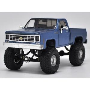 ขาย pre order โมเดลรถยนต์ Chevrolet Pick Up น้ำเงิน 1:24 หายาก
