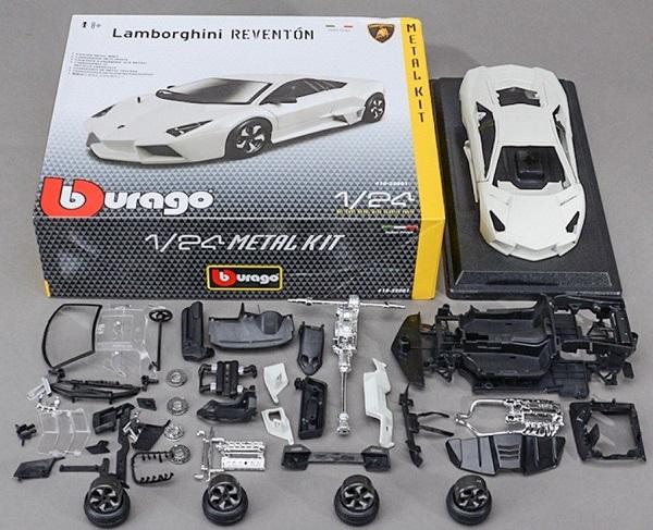 ขาย พรีออเดอร์ โมเดลรถเหล็ก โมเดลรถยนต์ ประกอบ Lamborghini Reventon ขาว 1:24 สเกล มี โปรโมชั่น