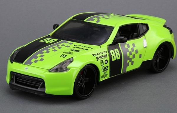 ขาย pre order โมเดลรถเหล็ก โมเดลรถยนต์ Nissan 370Z รถแข่ง 1:24 มี โปรโมชั่น