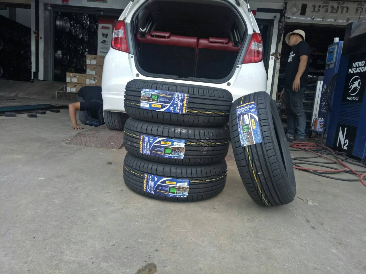 GOODYEAR EXCELLENCE 185/55-16 ยางปี17