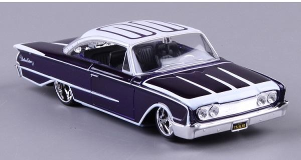 ขาย พรีออเดอร์ โมเดลรถเหล็ก 1960 Ford Starliner Classic 1:24 มีโปรโมชั่น