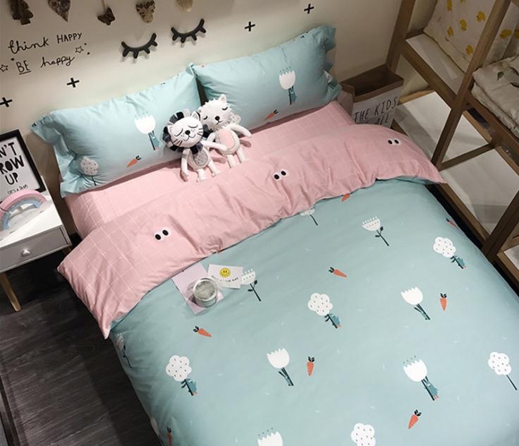 ผ้าปูที่นอน ลายการ์ตูนรูปดอกไม้-แครอท สีฟ้า-ชมพู