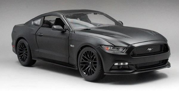Pre Order โมเดลรถ Ford Mustang 2015 สีดำด้าน 1:18 รุ่นหายาก ขายดี มีโปรโมชั่น