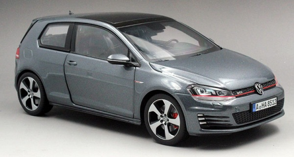 Pre Order โมเดลรถ Volkswagen Golf 7 เทา 1:18 รุ่นหายากสุดๆ มีโปรโมชั่น