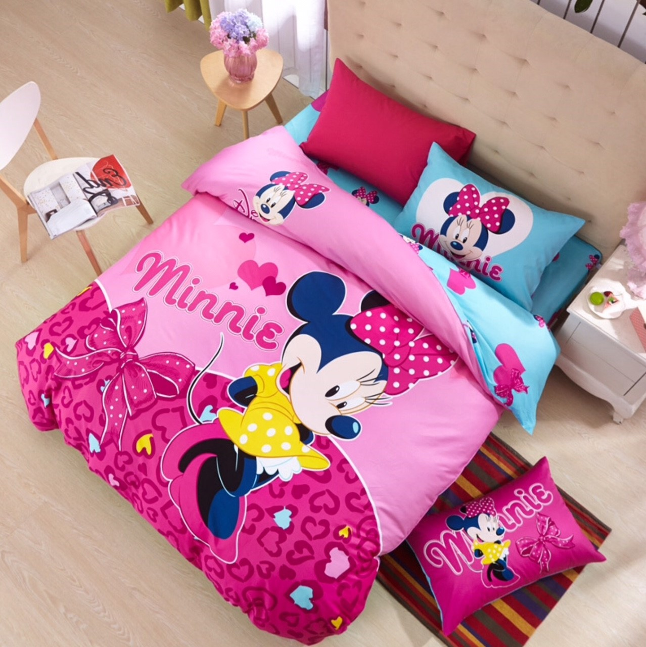 ผ้าปูที่นอน ลายมินนี่เม้าส์ Minnie Mouse bedding Set