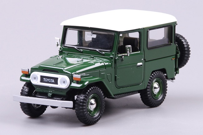 ขาย pre order โมเดลรถเหล็ก โมเดลรถยนต์ Toyota FJ40 1:24 มี โปรโมชั่น