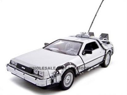 """พรีออเดอร์ รถเหล็ก รถโมเดล US รถ DELOREAN """"BACK TO THE FUTURE 1 time machine"""" สเกล 1:24"""