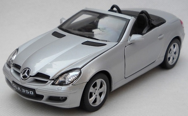 Pre Order โมเดลรถยนต์ รถเหล็ก Benz SLK 350 roadster เงิน 1:24 มีโปรโมชั่น