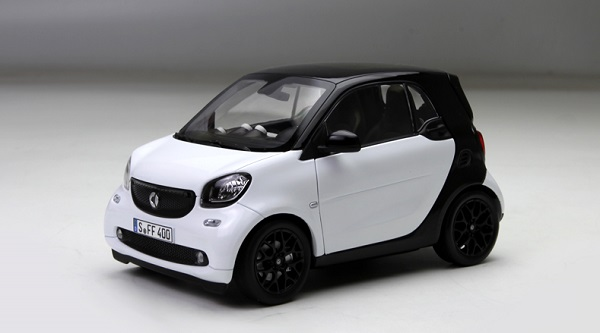 Pre Order โมเดลรถ Benz Smart ขาว 1:18 รุ่นหายากสุดๆ มีโปรโมชั่น