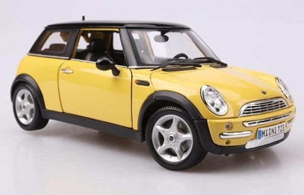 Pre Order โมเดลรถ BMW Mini Cooper Sun Roof เหลือง 1:18 รุ่นหายากสุดๆ มีโปรโมชั่น