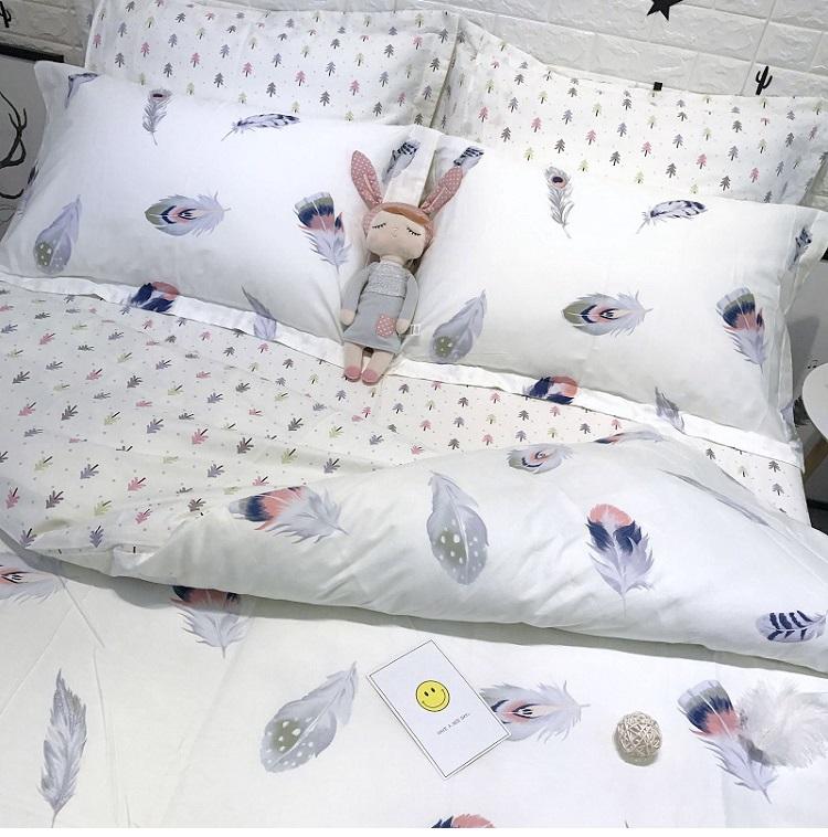 ผ้าปูที่นอน ลายขนนก ลายจุดสีเทา-ขาว