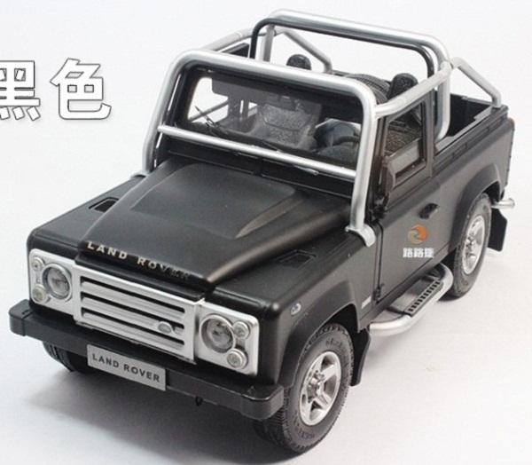 Pre Order โมเดลรถ Land Rover Defender SVX ดำ 1:18 รุ่นหายากสุดๆ มีโปรโมชั่น