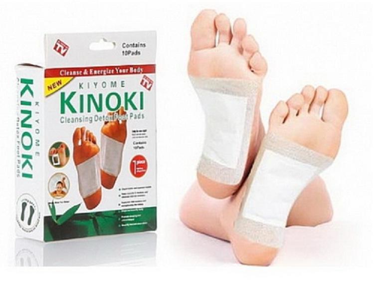 แผ่นแปะดีท็อกเท้า Kinoki Detox Foot Pad