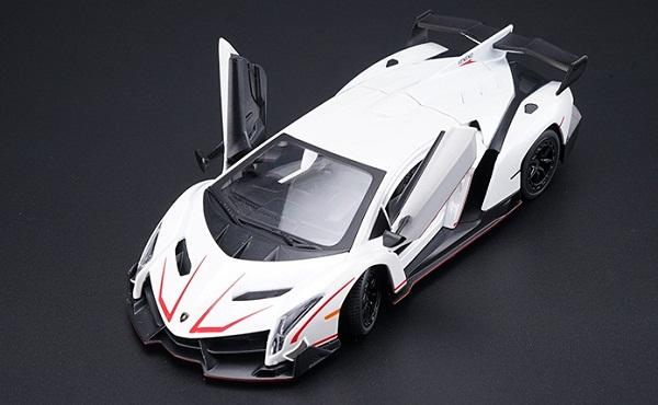 ขาย พรีออเดอร์ โมเดลรถเหล็ก โมเดลรถยนต์ Lamborghini Veneo สีขาว special 1:24 มี โปรโมชั่น