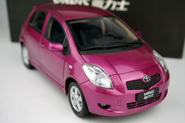 Pre Order โมเดลรถ Toyota Yaris ม่วง สเกล 1:18 หายากมาก มีโปรโมชั่น