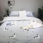 ผ้าปูที่นอน ลายม้า สีเทา-ฟ้า