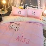 ผ้าปูที่นอน ลายคิตตี้ สีชมพู มีระบายเตียง