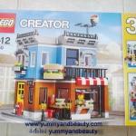 31050 Corner DeliPieces : 467 Minifigures