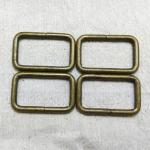 ห่วงสี่เหลี่ยม1.5นิ้ว เหลืองดำ (ลวด4.5mm)