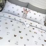ผ้าปูที่นอนลายจุดหมา สีเทา-ขาว พิมพ์ลาย