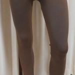 กางเกงเลคกิ้ง 9 ส่วน ผ้า Spendex สีน้ำตาล (ไม่มีลาย)