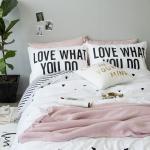 ผ้าปูที่นอน ลายสวยสีขาว-เส้นดำลายทาง Love what you do