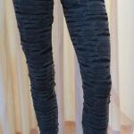กางเกงเลคกิ้ง 9 ส่วน ผ้านิ่ม สีดำ (ลายริ้วๆ)