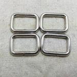 ห่วงสี่เหลี่ยม1นิ้ว เงิน (ลวด4.5mm)