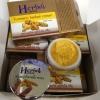 ครีมสมุนไพร Herb ขมิ้นเกรด A เป็นครีมสมุนไพร บำรุงรักษาผิวหน้า 95-150 บาท