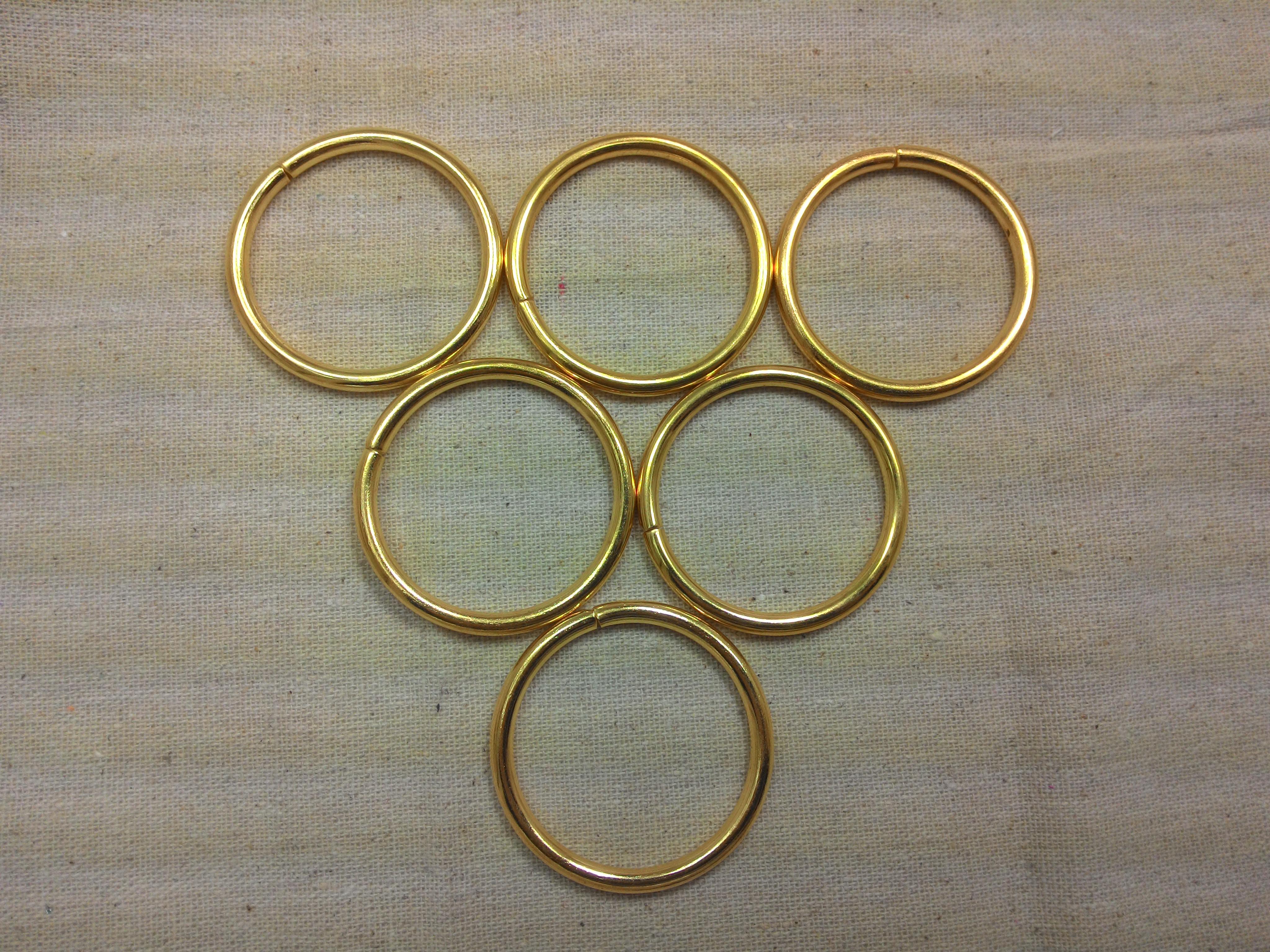 ห่วงกลม1.5นิ้ว ทองแพค4ตัว
