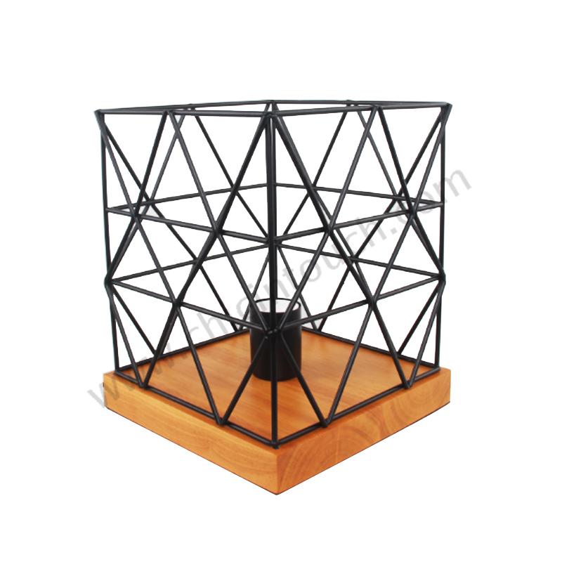 โคมไฟตั้งโต๊ะ รุ่น T01-Black