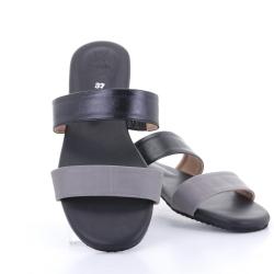 Totty Sandal two tone (Black) รองเท้าแตะ แบบสวม 2สี สีดำ